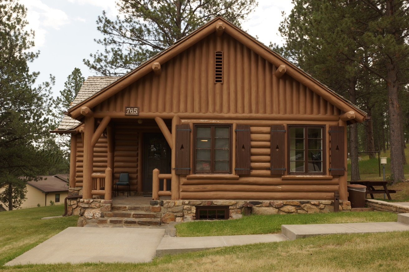 Hell Canyon Log Cabin and Garage, SD 2021