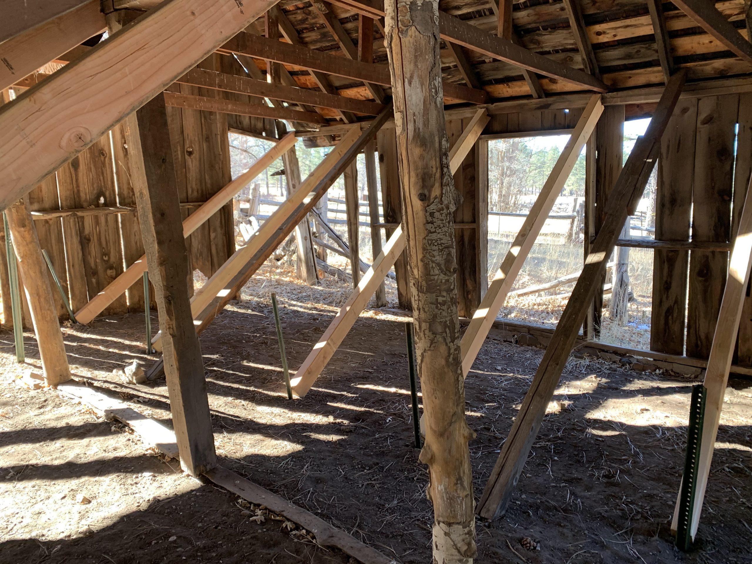 Los Burros Barn, AZ 2021